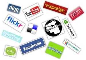 social media icons2 300x211 Hispanic Marketing: The Missing Link to a Successful Business
